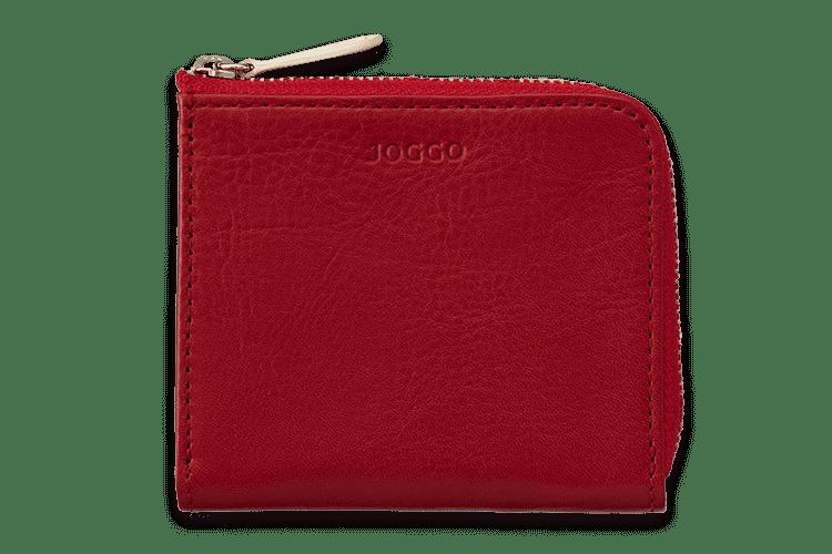 「コンパクトな財布」を追及して創られた、L字ファスナータイプのユニセックスなウォレット。小銭以外にも、お札やカードも分けて収納可能。(お札は2つ折りで収納)マチがついていることで、小銭もパッと取り出せ、会計がスムーズに。ポケットにもすっきりと入る大きさなので、鞄を持たずに外出することも可能です。カードの取り出しやすさを考えて、あえてカードポケットを付けない設計となっています。サブ財布として活躍します。オーダーメイドのカラーカスタマイズができるので、「コンパクトな財布が一番!」という方へのちょっとしたプレゼントにもおすすめです。