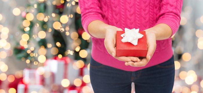 旦那・夫にサプライズでクリスマスプレゼントを贈ろう!